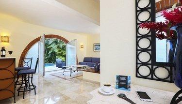 Living Room Krystal Puerto Vallarta Hotel Puerto Vallarta